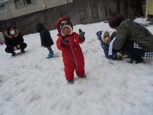 みてみて!手に雪が!!