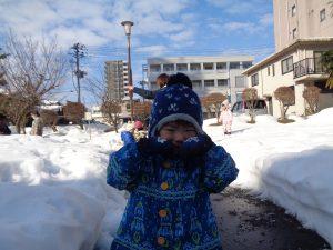 雪すっごく冷たいの~❄